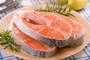 Ăn cá giúp giảm nguy cơ viêm khớp.