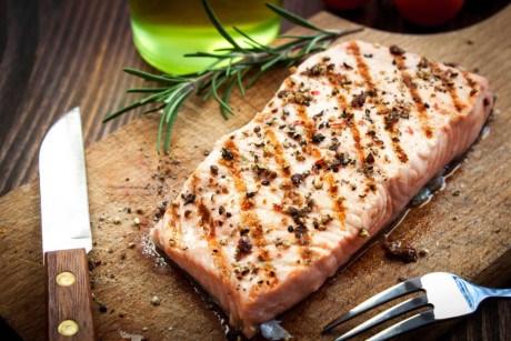 Chế độ ăn uống lành mạnh có thể phòng ngừa đau cổ vai gáy
